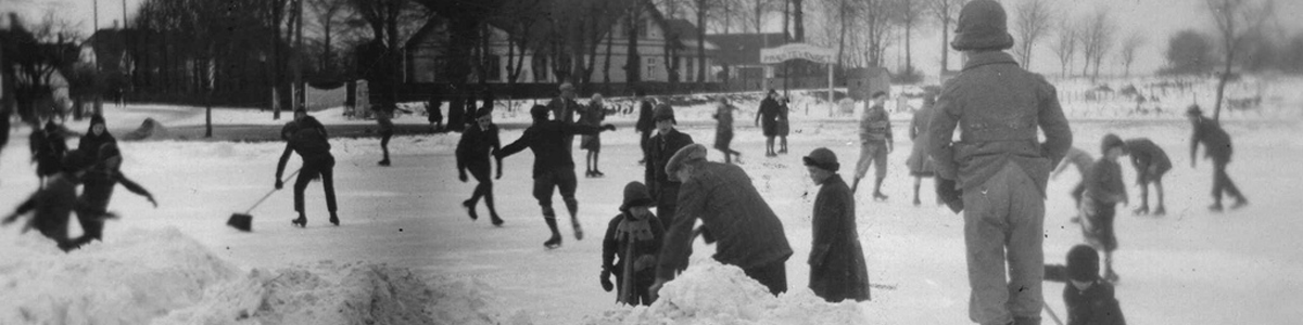 Stemningsbilleder fra den gamle skøjtebane ved Gasværket ved Sierslevvej 1935 - 1940